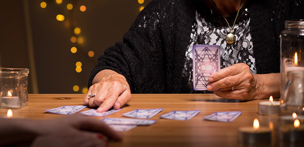 how to ask questions with tarot cards