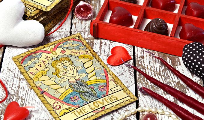 All About Love & Relationship Tarot Readings | Kasamba